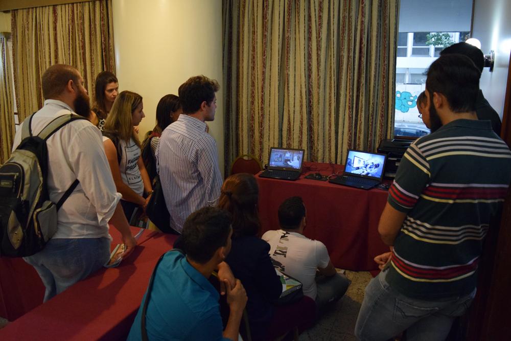 Vídeo sobre o CDTN é exibido aos visitantes.