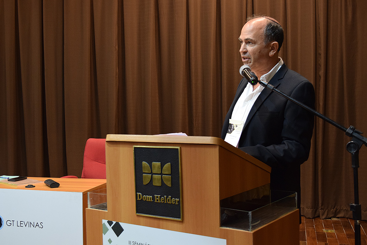 Hanoch Ben-Pazi (University of Bar Illan, Israel).
