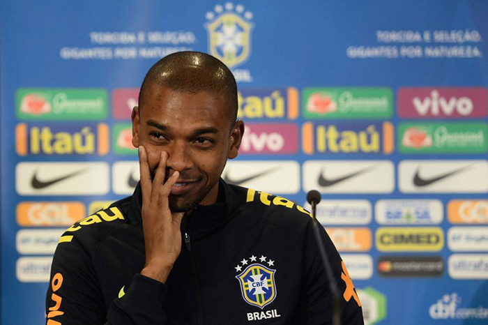 Fernandinho soma 39 jogos e dois gols pela Seleção Brasileira .