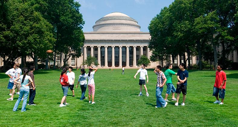 Campus do Massachusetts Institute of Technology: 'fuga de talentos' é ruim para o país. (MIT/Divulgação)