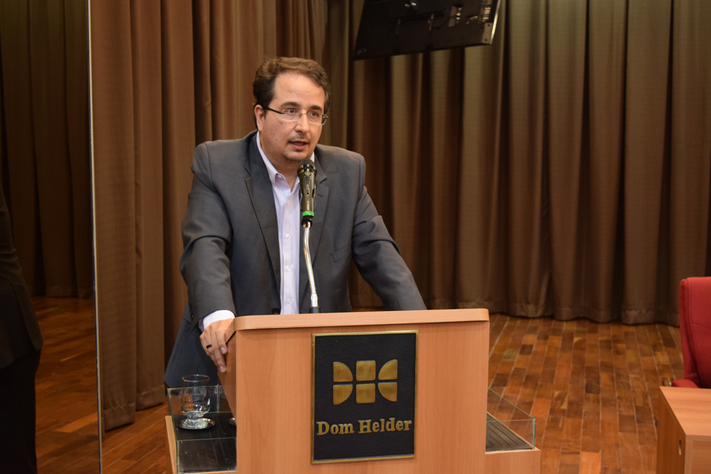 O advogado Pedro Campany Ferraz conversou com os participantes sobre as consequências que a tragédia de Mariana trouxe.