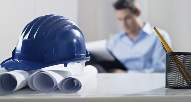 É preciso investimento na construção pesada, com a continuidade de obras de infraestrutura, na construção civil. (Reprodução)