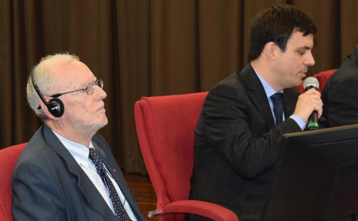 O professor do mestrado em Direito Ambiental, Romeu Thomé, foi o mediador da mesa.