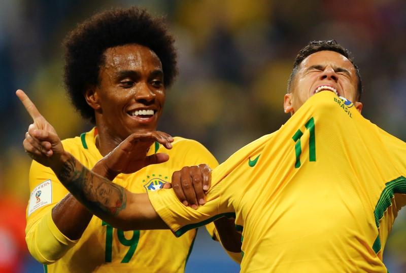 FUT-SELECAO-MISTERIO:Coutinho e Willian elogiam Neymar, mas destacam jogo coletivo da seleção