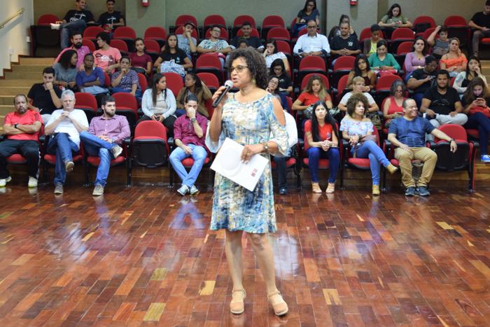 Agrônoma, doutora em fitotecnia e pesquisadora em desenvolvimento local sustentável da Epamig, Maria Regina de Miranda Souza, fala sobre a sustentabilidade na perspectiva da agroecologia.