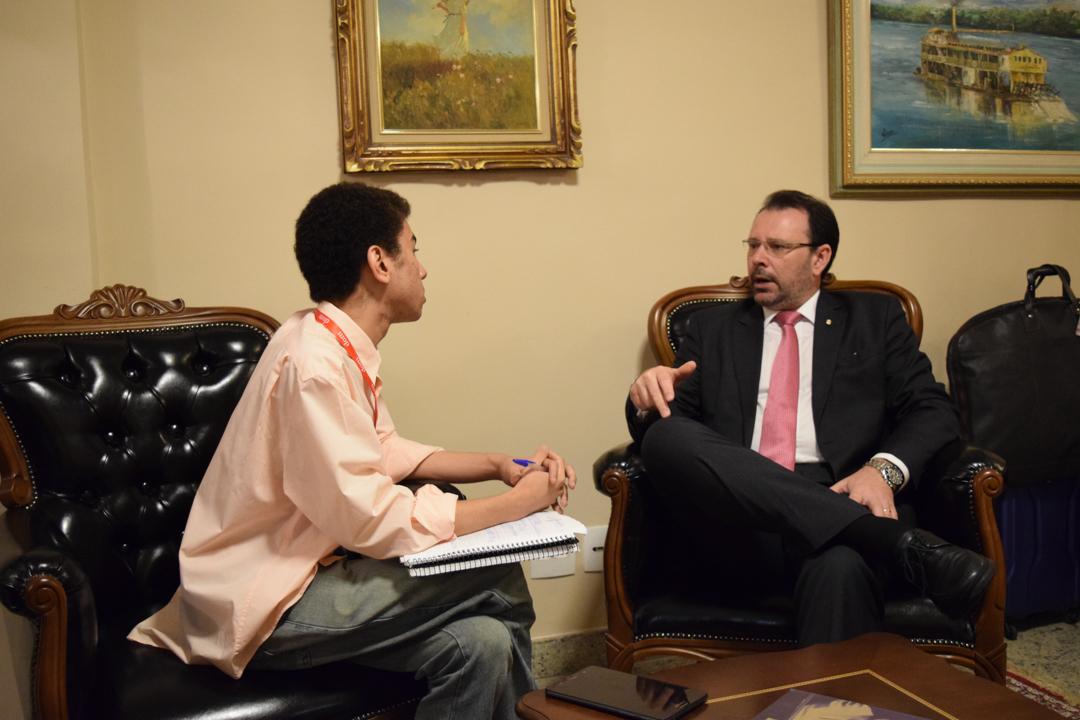 Procurador Douglas Fischer (MPF) concede entrevista ao projeto Observatório Político.
