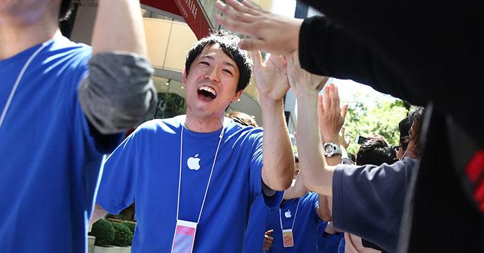 Apple remunera muito bem seus engenheiros.