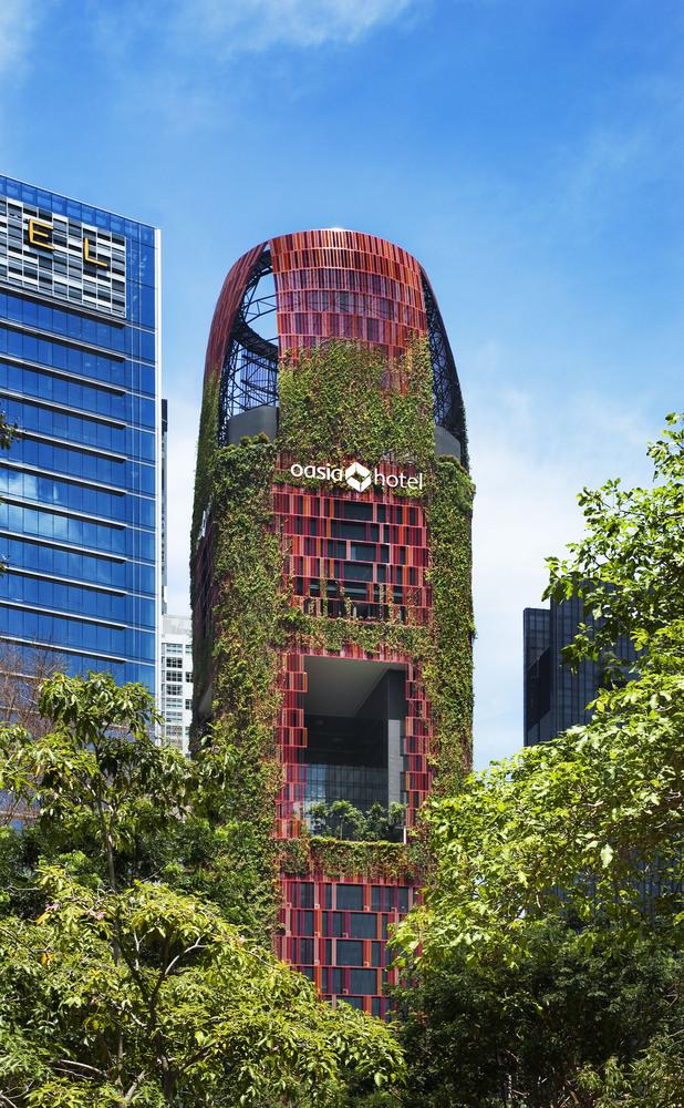 Melhor Edifício em Altura do Mundo: Oasia Hotel Downtown / WOHA