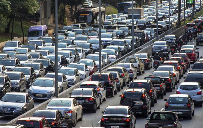 Entre os que desejam restringir a circulação, a inspeção veicular ambiental é a apontada como a medida que mais ajudaria a diminuir a poluição da cidade.
