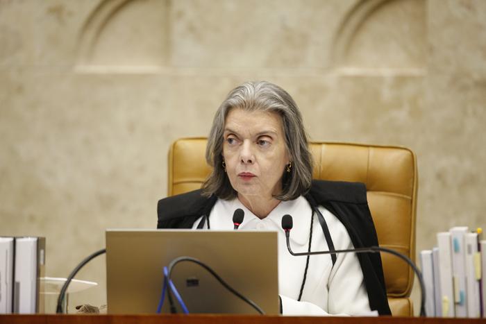 'O presidente do Tribunal Superior Eleitoral, ministro Luiz Fux, tem insistido que, como sempre, todas as questões que sejam ali levadas serão julgadas a tempo'.