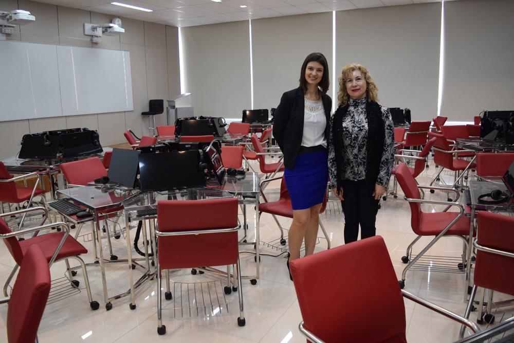 Professora Aline Oliveira e Davina Márcia de Souza, conselheira do CREA-MG.