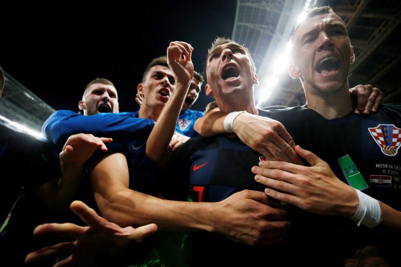 FUT-COPA-MANDZUKIC-LEOES:Croatas jogaram como leões, afirma autor do gol da vitória Mandzukic