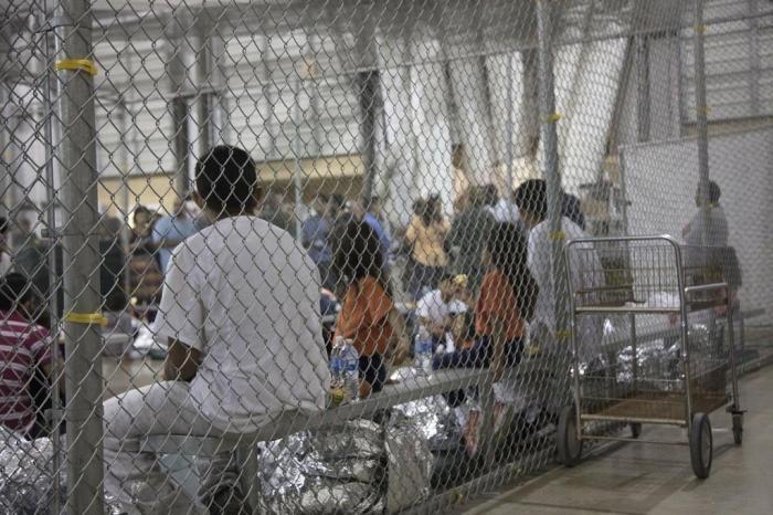 Outros processos de reunificação familiar estão em fase de finalização. Trinta crianças e adolescentes brasileiros ainda estão em abrigos.
