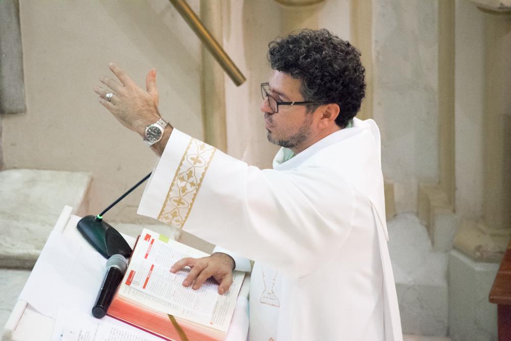 A Eucaristia foi presidida pelo padre Marcelo.