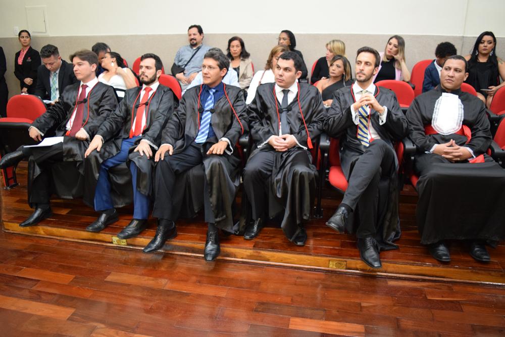 Professores e funcionário da Instituição durante cerimônia de colação de grau