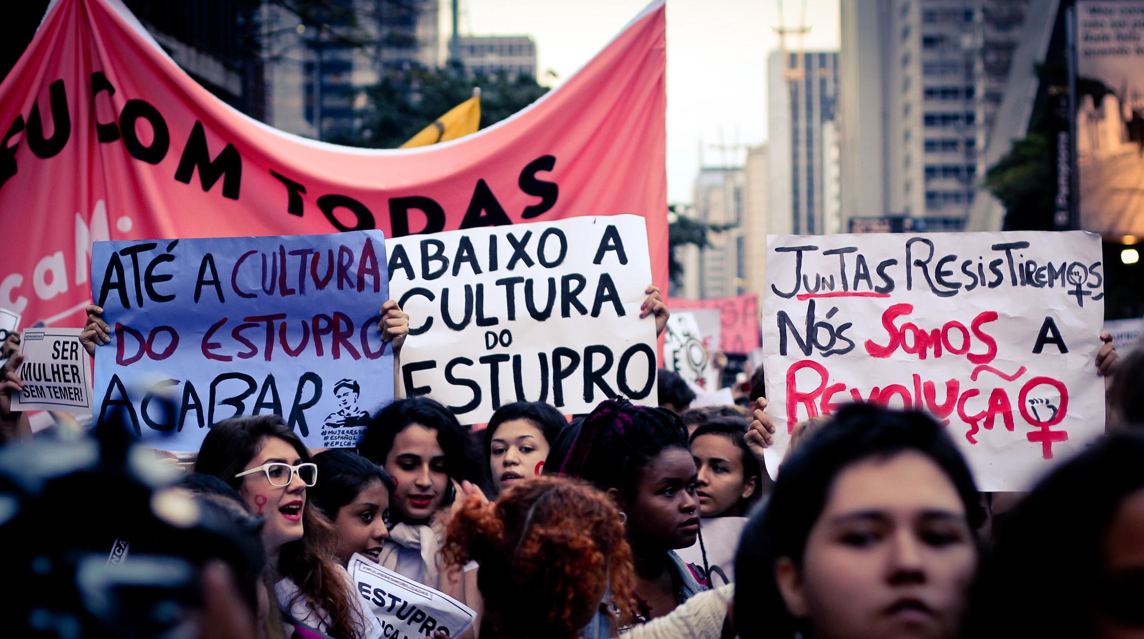 'A condição feminina passou a ser mais igualitária em relação aos homens porque os direitos humanos foram reconhecidos como universais'