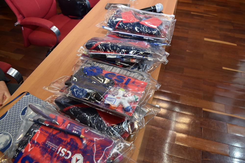 Kits sorteados durante o evento