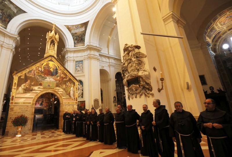 Relatório citou 301 padres, mas apenas dois ainda estão sujeitos a processos judiciais.