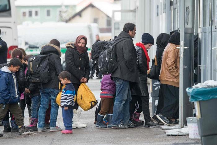 De acordo com a Organização Internacional para as Migrações (OIM), mais de 20% dos migrantes sem documentação que chegam ao continente europeu viajam por terra.
