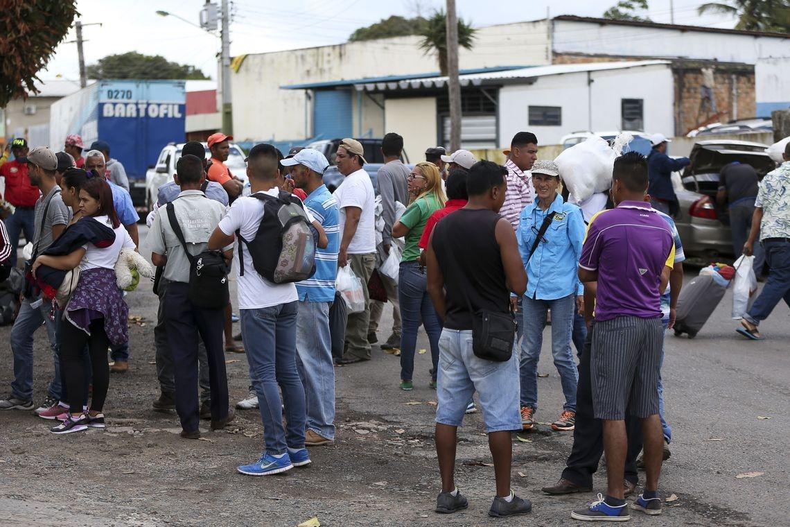 Temer disse que fechar as fronteiras em Roraima é algo