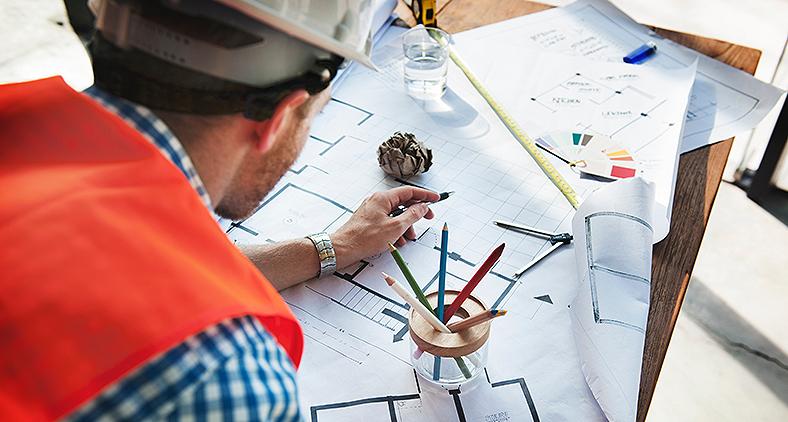O autoconhecimento é tido como agente fundamental durante o percurso da edificação de um Engenheiro bem sucedido. (rawpixel/Unsplash)