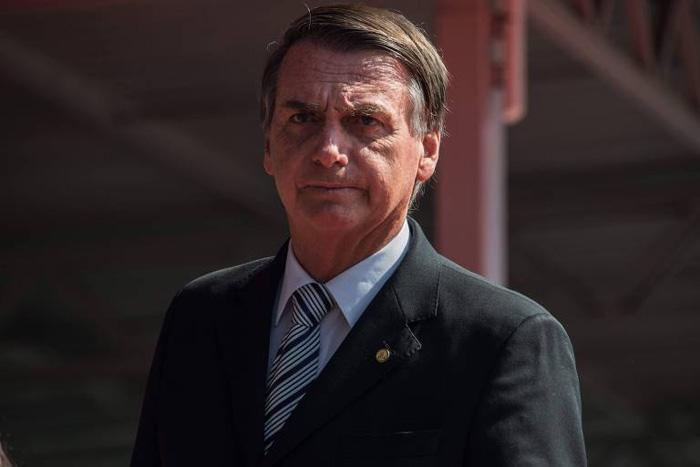 Mas a questão não é o PT, e sim uma presidência de um Bolsonaro capaz de dizer que o problema da ditadura não foi tortura, e sim que não tenha matado mais em vez de torturar.