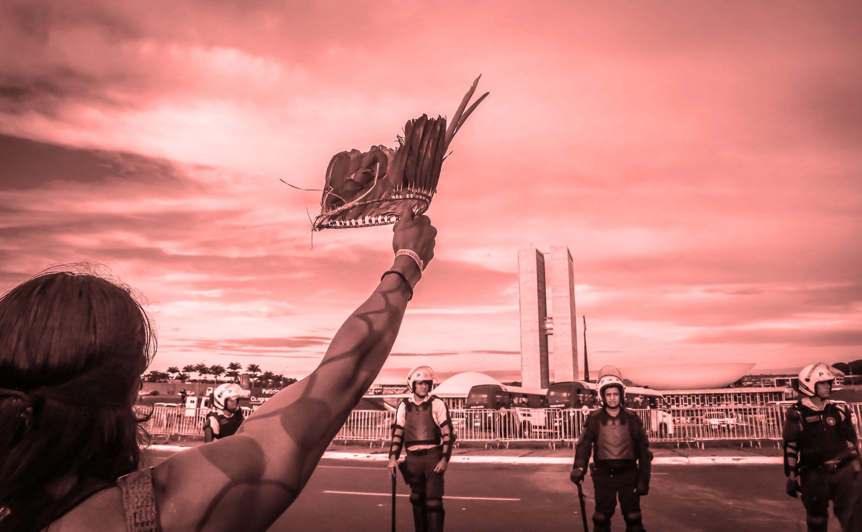 Representante do Brasil afirma não existir relação direta entre empresas que financiam campanhas políticas e ataques aos povos indígenas