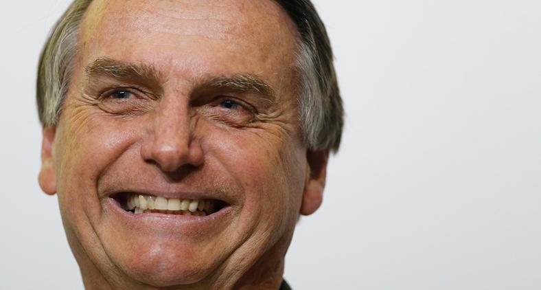 'Presidente Bolsonaro, você está com faca (não aquela) e o queijo nas mãos' (Adriano Machado/ Reuters)
