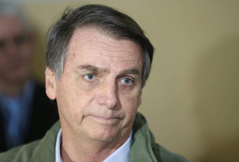 Antes de ser eleito, Bolsonaro declarou que manteria o Brasil no Acordo de Paris sobre o clima, desde que preservada a soberania plena da Amazônia.