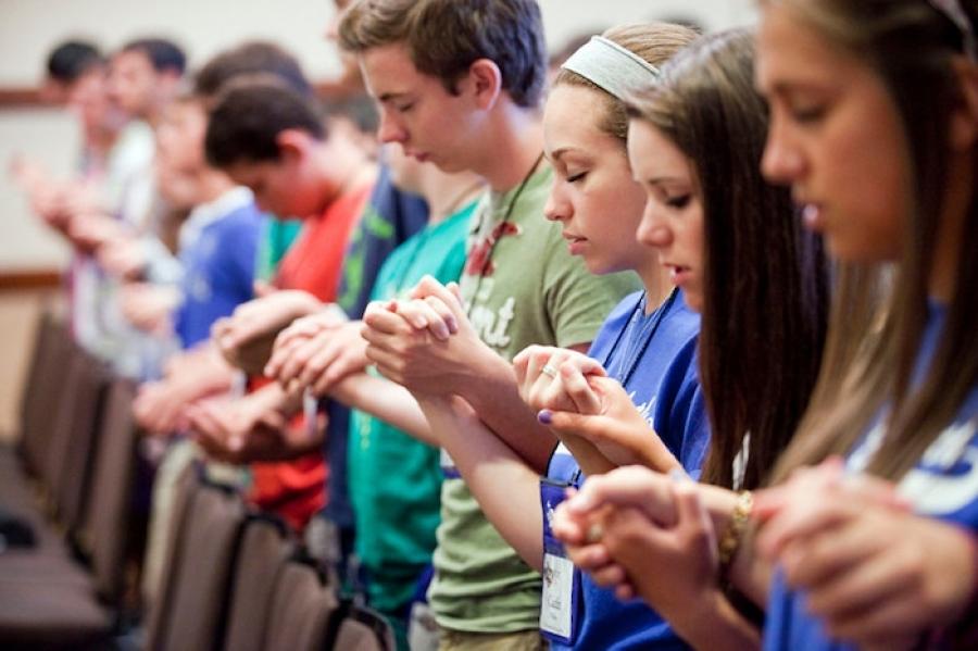Toda evangelização é uma ação educativa. Abrir-se, dialogar, evitar doutrinamentos.