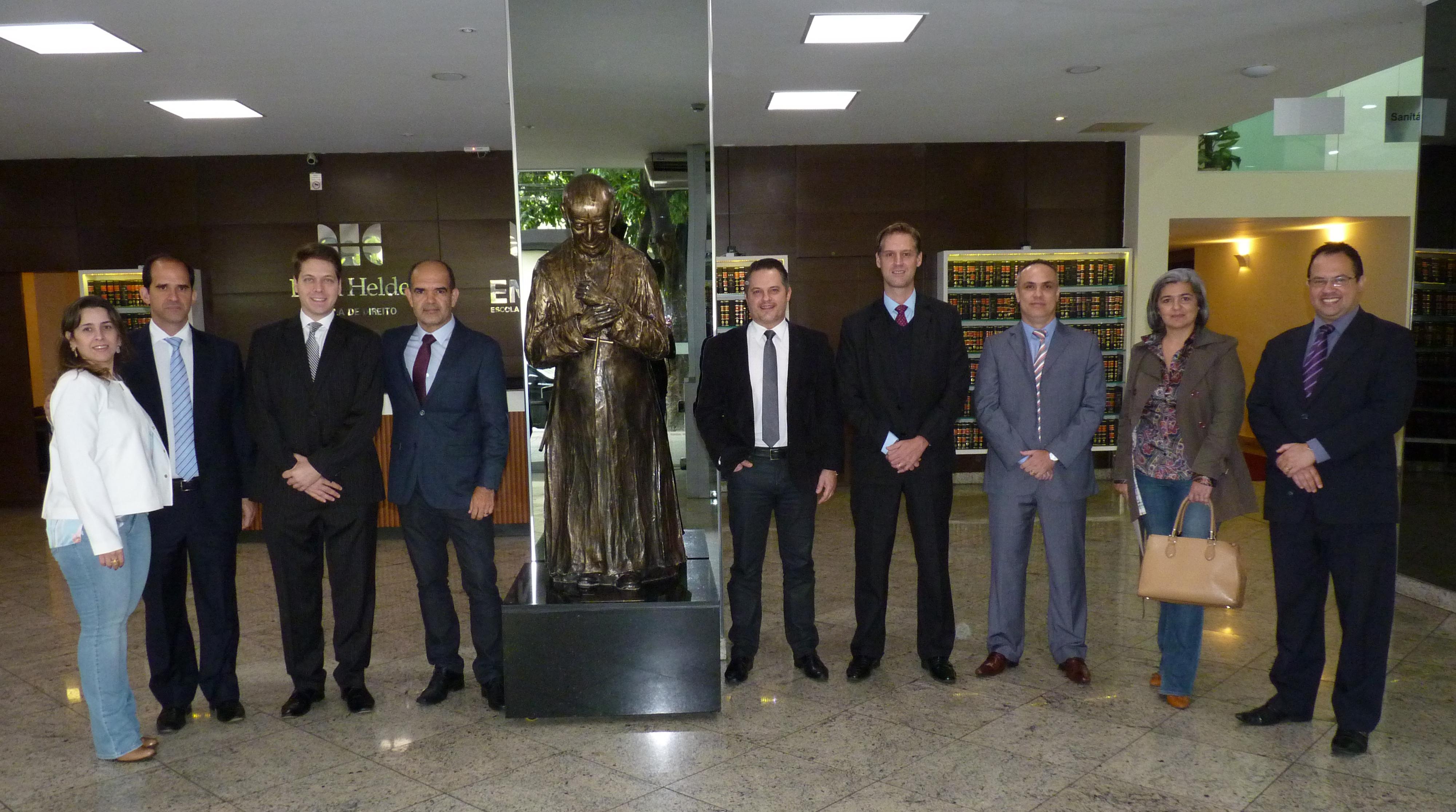 Professores que participaram da banca avaliadora do TJD-e, juntamente com os organizadores da competição.