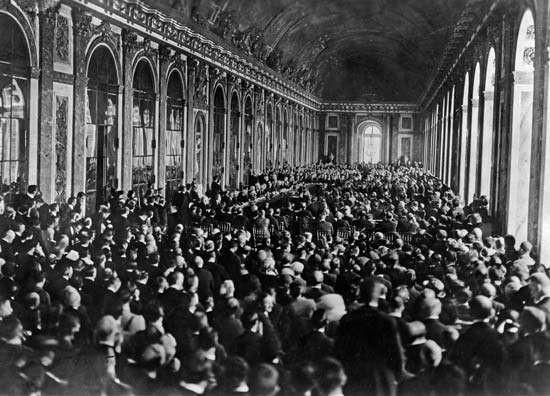 Salão de Palácio de Versailles - 1918