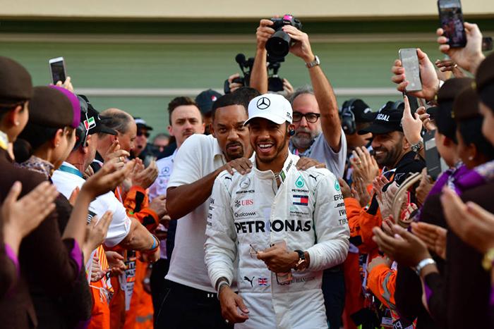 Foram 11 vitórias em 21 provas para o piloto inglês, sendo oito nas últimas 11, retrospecto que lhe garantiu com folgas o pentacampeonato mundial.