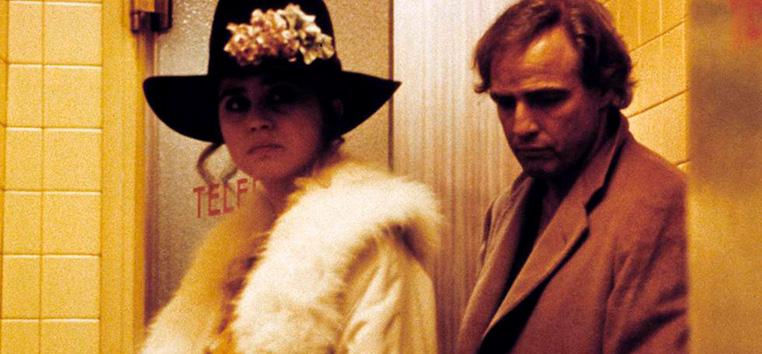 Maria Schneider e Marlon Brando, durante Último Tango em Paris.