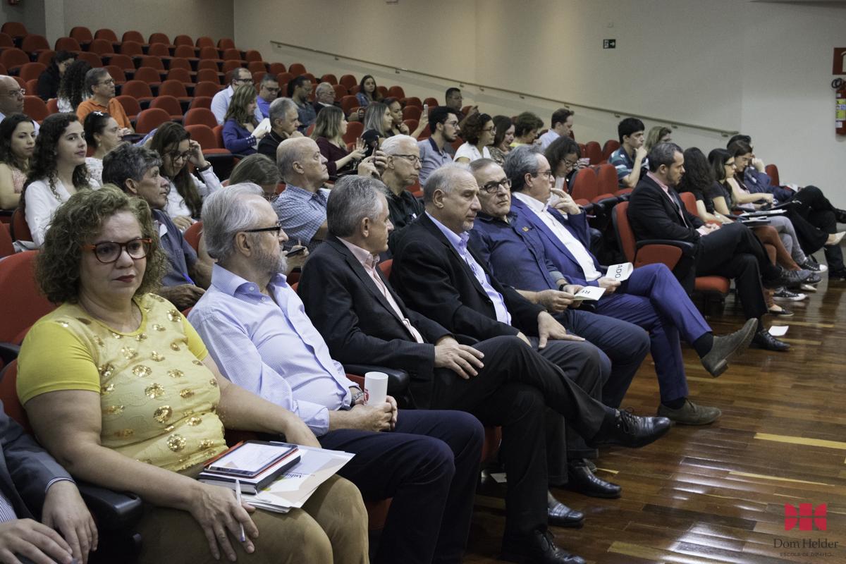 Seminário Logística Reversa reflete a gestão dos resíduos sólidos no Brasil.