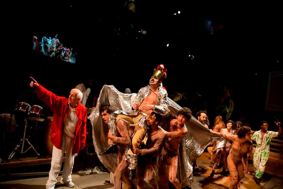 A produção, estimada em R$ 800 mil, com apoio do Sesc e do Itaú Cultural, tem mais de 60 profissionais envolvidos.