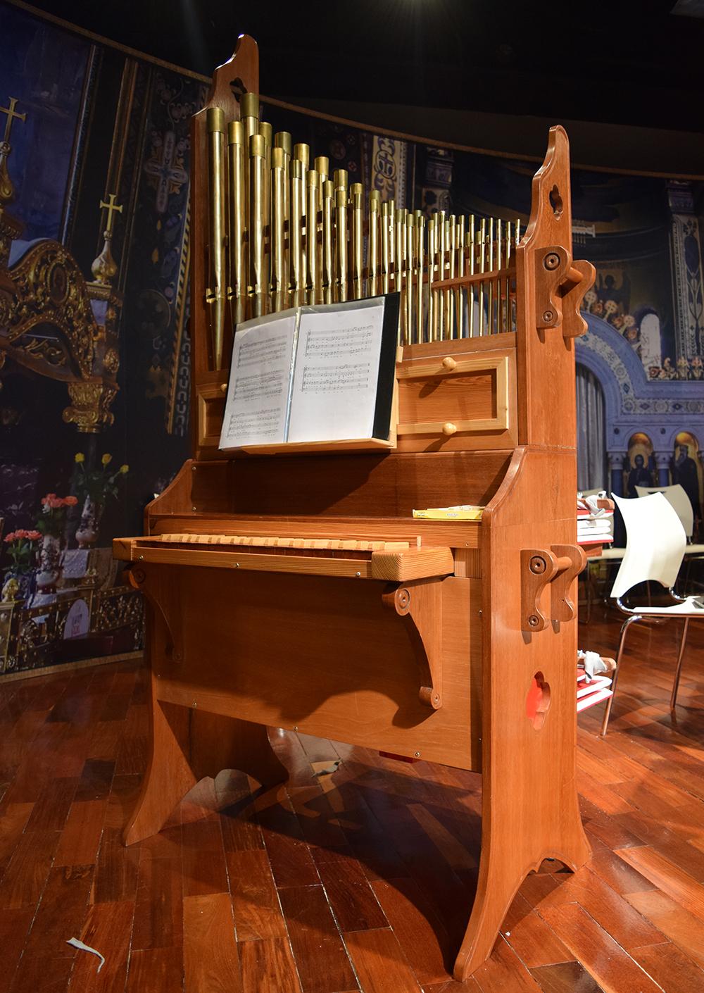 O órgão positivo Clerigus foi utilizado pela primeira vez no concerto deste domingo.