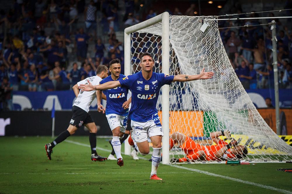 Thiago Neves é cobiçado na atual janela de transferências.