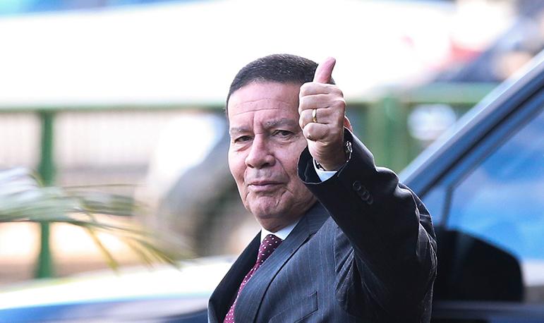 Vice-presidente negou qualquer interferência dele na nomeação de seu filho.