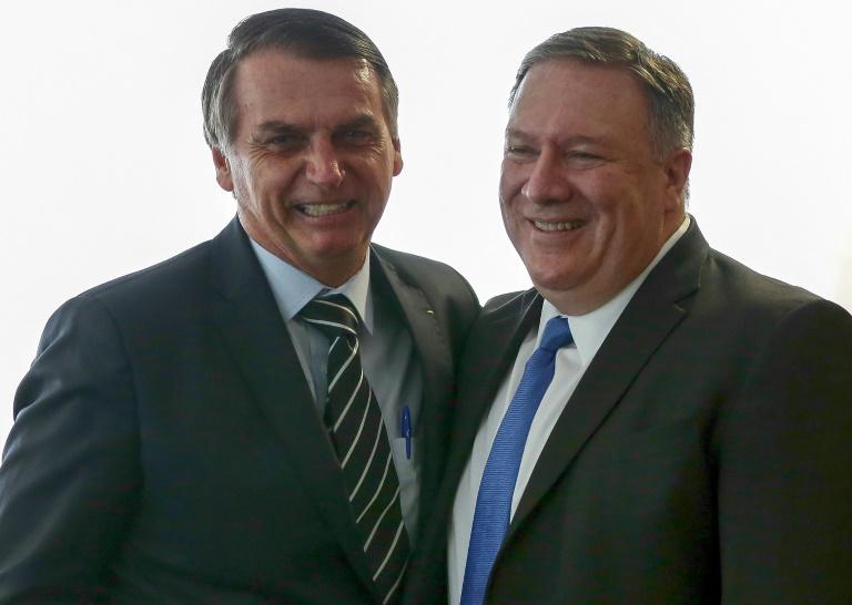 Los legisladores demócratas pidieron al secretario de Estado, Mike Pompeo (D)