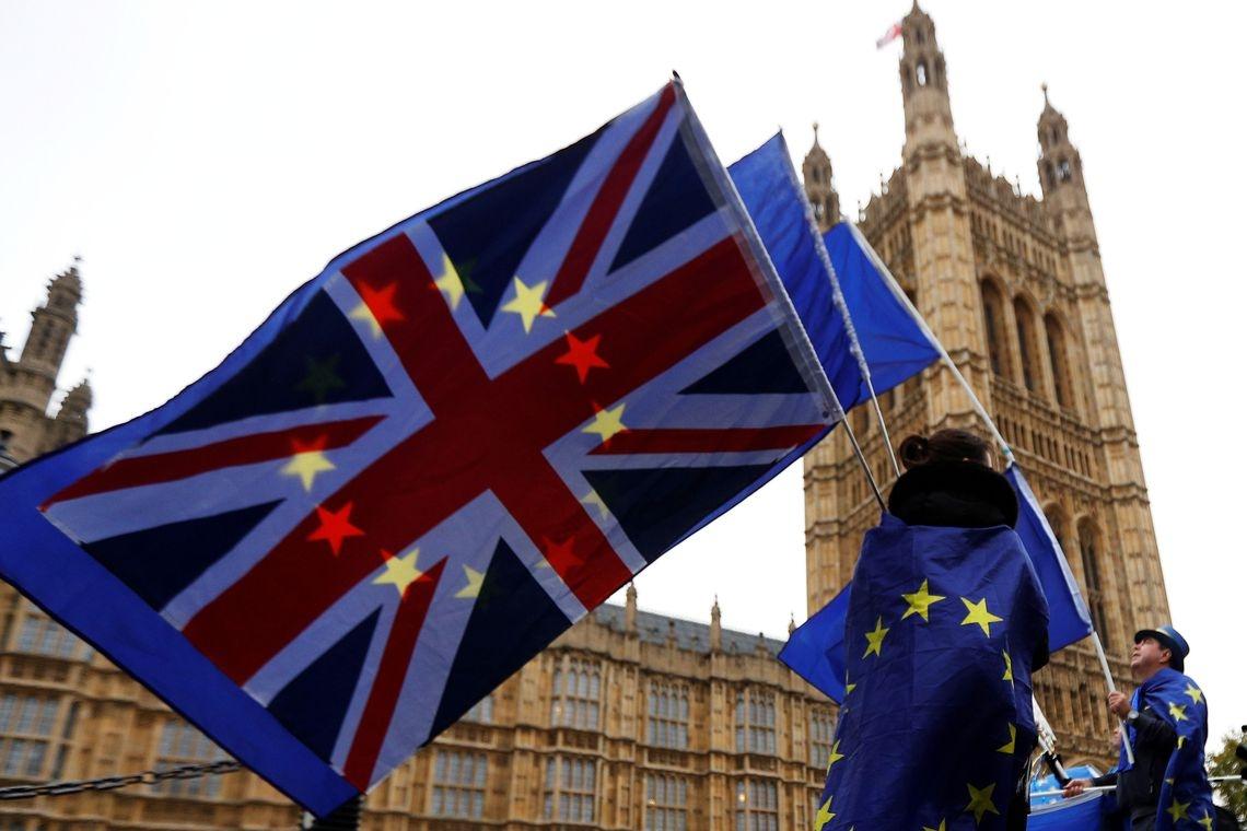 O Parlamento é amplamente considerado como pró-UE porque cerca de três quartos dos parlamentares votaram para permanecer no bloco no referendo de 2016.