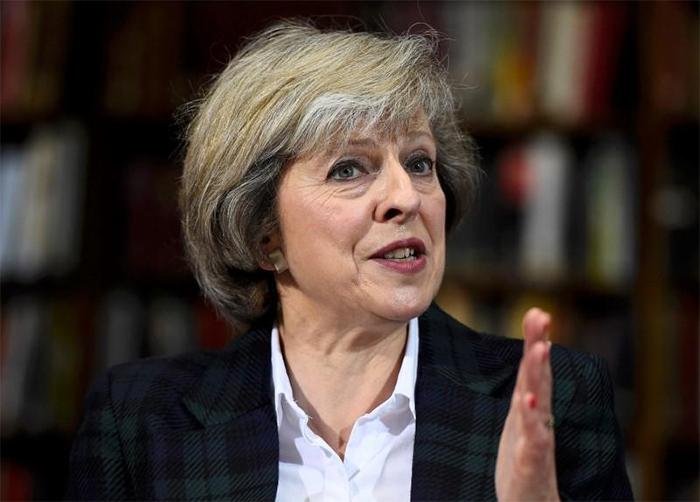 A primeira-ministra tem até o dia 21 para apresentar a proposta.