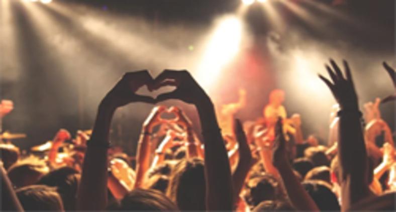Deus é aquele que, como amor e gerador de vida, não permite que a morte tenha a última palavra (Pixabay)