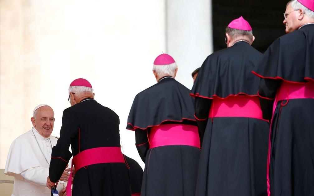 Papa Francisco em encontro com os bispos
