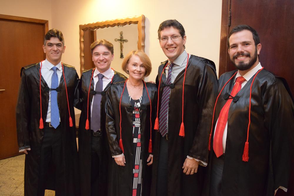 Os professores Leonardo Vidigal, Fernando Tolentino, Lígia Maria, Pedro Eliezer e Thiago Loures