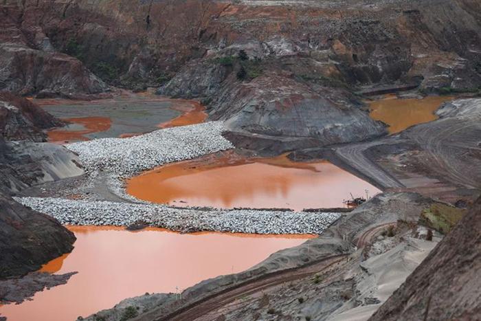 A barragem de mais alto risco de Minas é a da Mina Engenho, da Mundo Mineração, companhia que deixou de operar no município de Rio Acima há mais de seis anos.