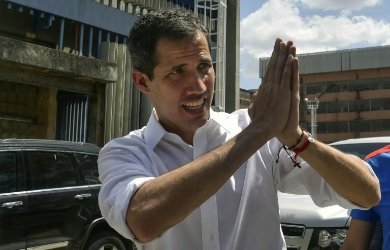 Guaidó agradece a voluntários em Caracas