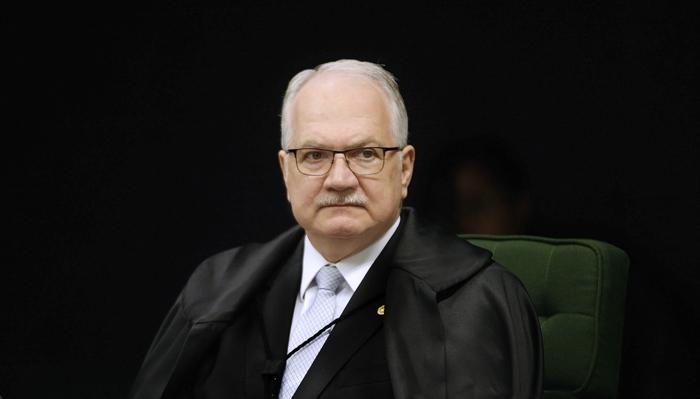 Fachin decidiu manter o caso na Corte porque na data em que houve a decisão sobre foro privilegiado, Lúcio Vieira Lima ainda estava no cargo de deputado dederal.