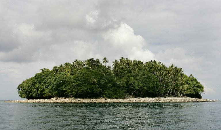 Arrecife perto da ilha de Ranongga, nas Ilhas Salomão.