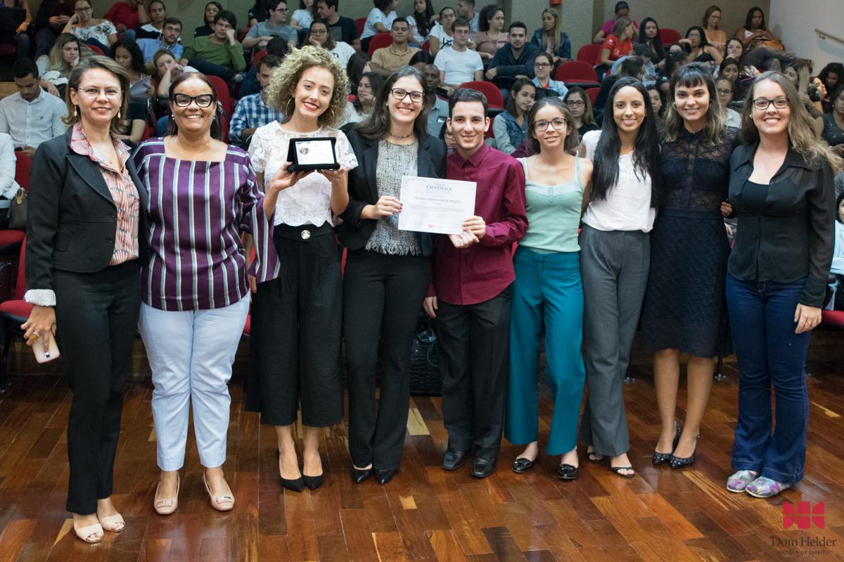 As condições socioambientais dos refugiados no espaço urbano brasileiro: 2º Lugar na V Mostra Científica.